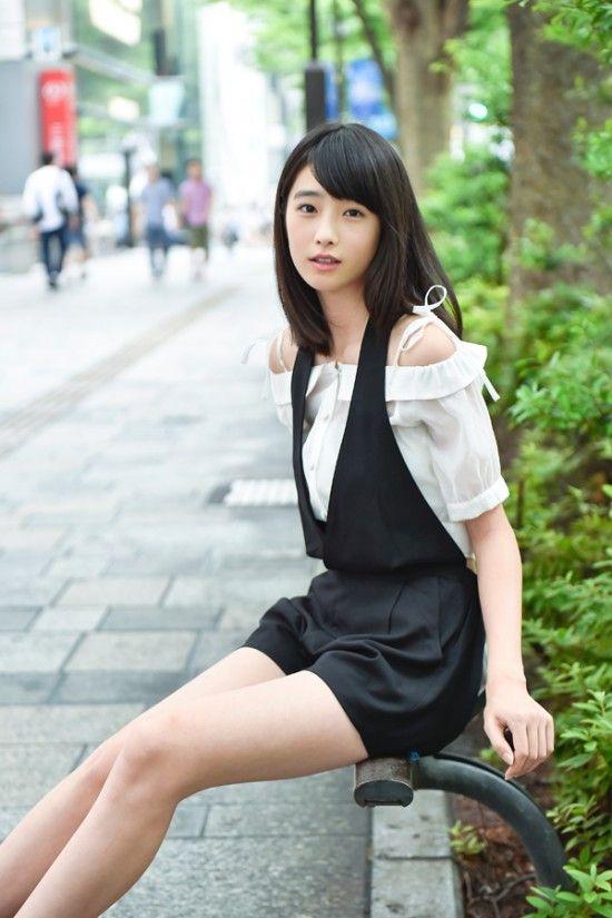 高橋ひかる(16)国民的美少女オスカー女優のグラビア画像56枚・61枚目の画像