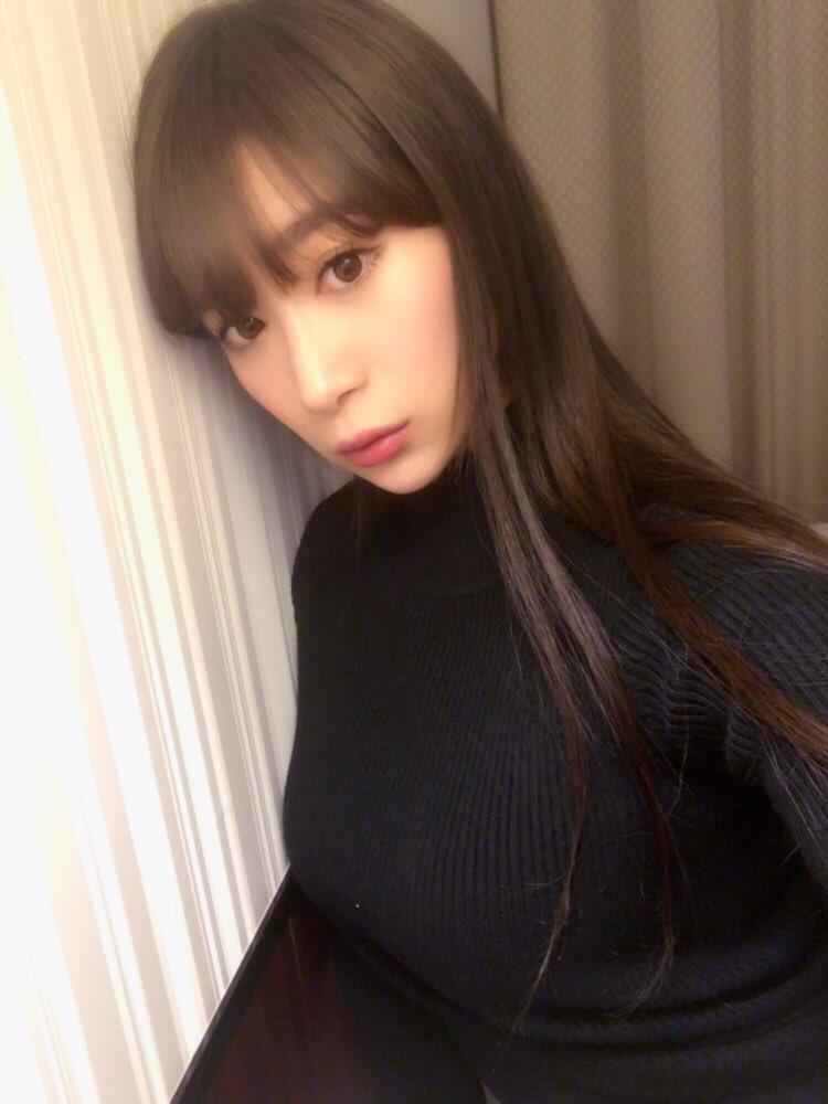 児玉菜々子(30)マンスジ披露の最新イメージDVD画像100枚・72枚目の画像