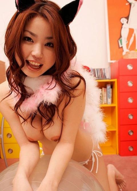 猫耳が着けてエロポーズww★3次元猫娘エロ画像(`・ω・´)・36枚目の画像
