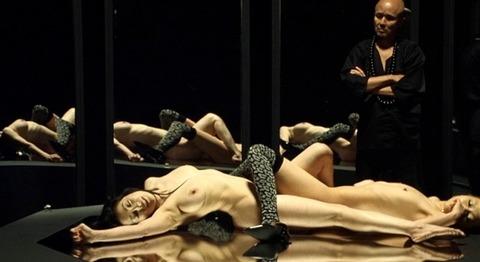小向美奈子の吊るし上げ★AVに出る前の過激な貝合わせ・おっぱいエロ画像(`・ω・´)・9枚目の画像