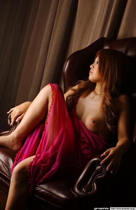 乳輪の大きさがギネス一歩手前の巨乳ギャルwwww★羽田夕夏エロ画像・19枚目の画像