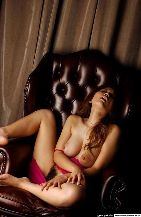 乳輪の大きさがギネス一歩手前の巨乳ギャルwwww★羽田夕夏エロ画像・22枚目の画像