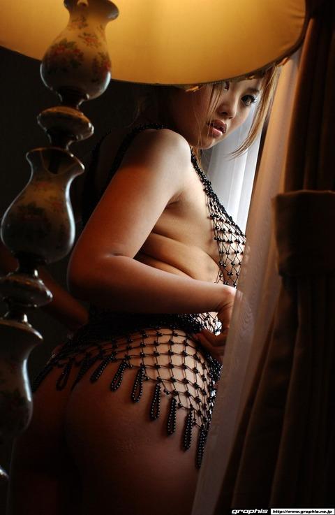 乳輪の大きさがギネス一歩手前の巨乳ギャルwwww★羽田夕夏エロ画像・4枚目の画像