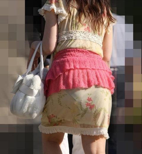 これパンツ見せてるっしょってくらい透けてるwwww★素人透けパン街撮りエロ画像・19枚目の画像