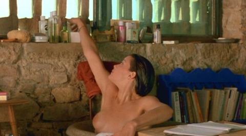 リヴ・タイラーさんの形がキレイなおっぱいwwww★リヴ・タイラーエロ画像・6枚目の画像