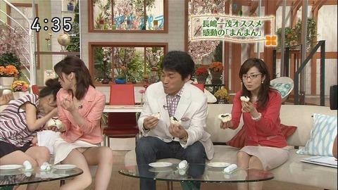 芸能人や女子アナのテレビで映っちゃったパンチラやおっぱいポロリのハプニング画像wwww・21枚目の画像