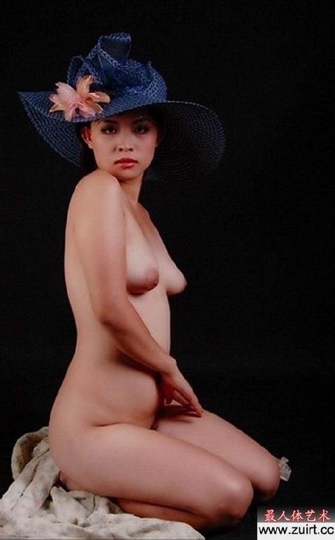 中国人画像★ヌードはエロいんだが、撮られ慣れしてなさ過ぎでワロタwwww・15枚目の画像
