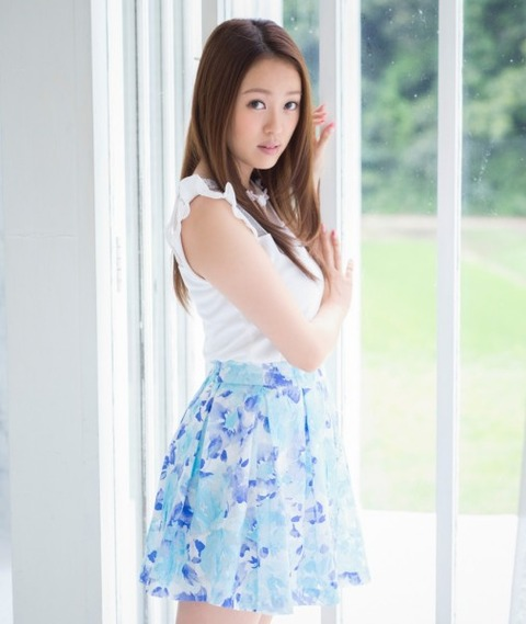 元AKBがまた脱いだwwwwww★AKB48三期生米沢瑠美のヘアヌード画像・7枚目の画像