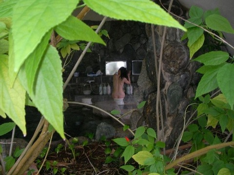 盗撮でしか見れない露天風呂の素の入浴wwww★素人盗撮エロ画像・14枚目の画像