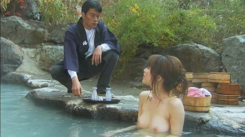 テレ東の湯けむりスナイパーとかいうドラマがエロシーンをふんだんに使って視聴率を取ってたwwww・15枚目の画像