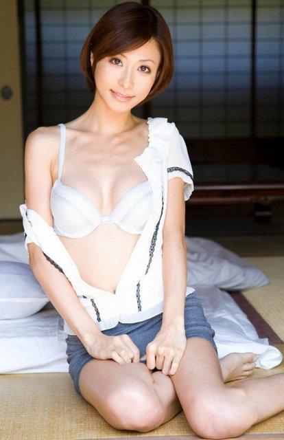 白い下着って何だかんだでかなりエロいよなwwww★白ランジェリーエロ画像・11枚目の画像