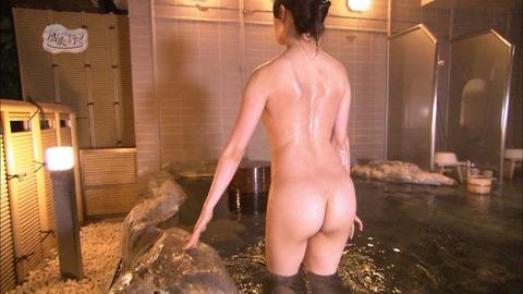 菅原あさひとかいうグラドルが全裸入浴をTVで公開wwww★もっと温泉に行こうエロ画像・24枚目の画像