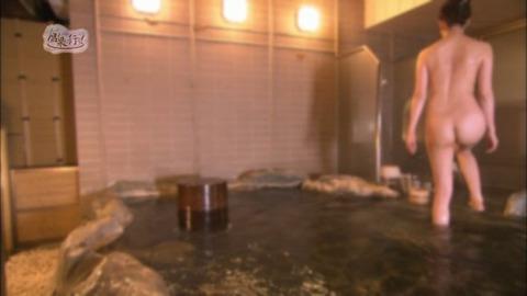 菅原あさひとかいうグラドルが全裸入浴をTVで公開wwww★もっと温泉に行こうエロ画像・25枚目の画像