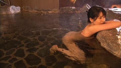 菅原あさひとかいうグラドルが全裸入浴をTVで公開wwww★もっと温泉に行こうエロ画像・23枚目の画像