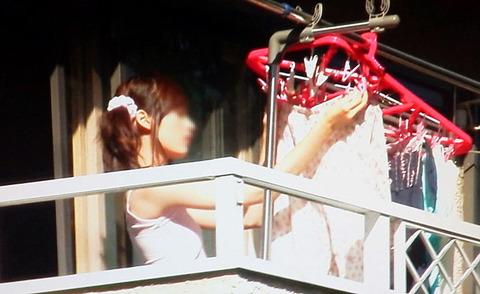 洗濯物画像★エロ目線でしか見れない洗濯物してる素人の奥さま方wwww・23枚目の画像