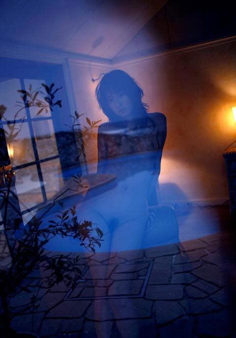 モデルからAV転向しちゃった岬リサの丸裸エロ画像・37枚目の画像