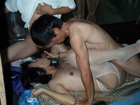 いい夫婦の日だったから仲良し素人夫婦の生々しいセックスwwwww★素人セックス画像・9枚目の画像