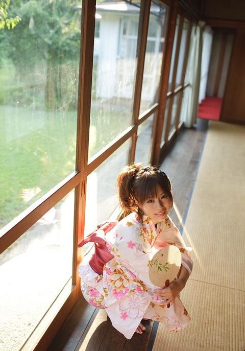 AV女優を引退しちゃった瑠川リナのヌード画像をご覧下さい★瑠川リナ画像・4枚目の画像
