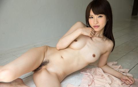 moe-amatsuka-043