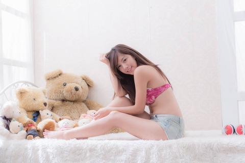 流出画像★台湾の美人モデルの全裸で入浴自画撮りがネットにwww★Nono_辜莞允エロ画像・30枚目の画像
