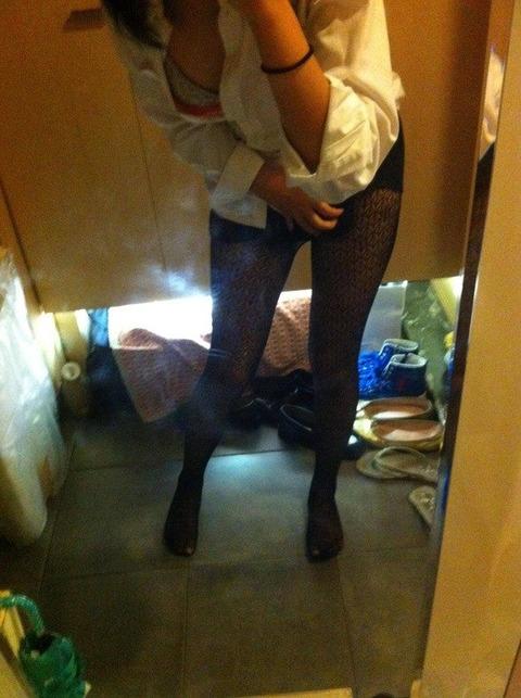 鏡に映してる素人の身体の出来の良さが異常wwwwwwww★素人鏡撮りエロ画像・27枚目の画像