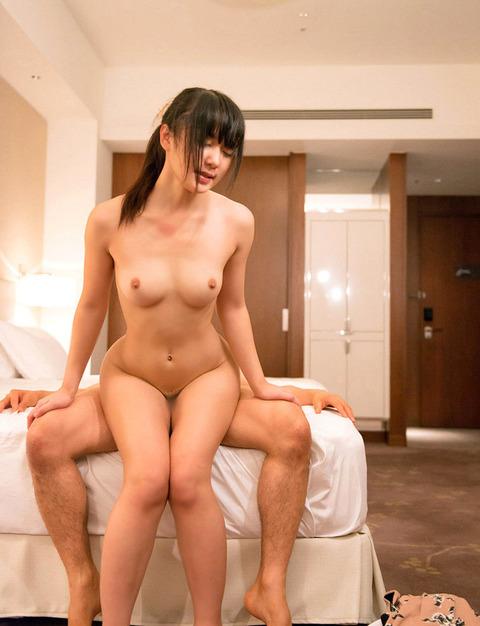 多彩な体位でハメまくってる男女wwwww★セックスエロ画像・24枚目の画像