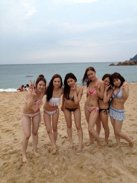 ビキニギャルの夏の思い出写真wwww★素人水着エロ画像・8枚目の画像