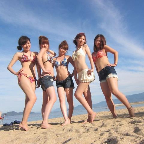 ビキニギャルの夏の思い出写真wwww★素人水着エロ画像・32枚目の画像