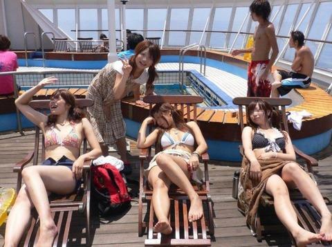 ビキニギャルの夏の思い出写真wwww★素人水着エロ画像・46枚目の画像