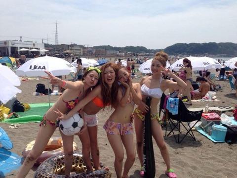 ビキニギャルの夏の思い出写真wwww★素人水着エロ画像・10枚目の画像