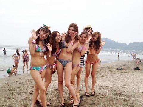 ビキニギャルの夏の思い出写真wwww★素人水着エロ画像・11枚目の画像