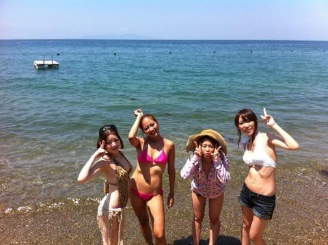 ビキニギャルの夏の思い出写真wwww★素人水着エロ画像・6枚目の画像