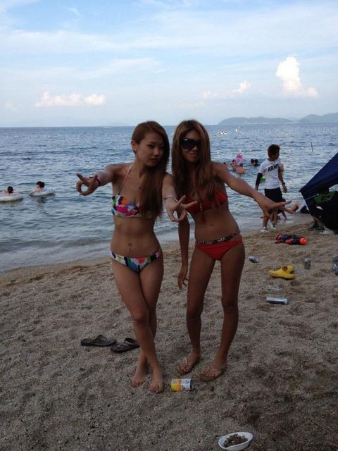 ビキニギャルの夏の思い出写真wwww★素人水着エロ画像・15枚目の画像