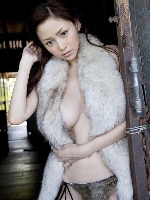 2014年俺の中の乳部門No①のグラドルwwww★杉原杏璃エロ画像・5枚目の画像