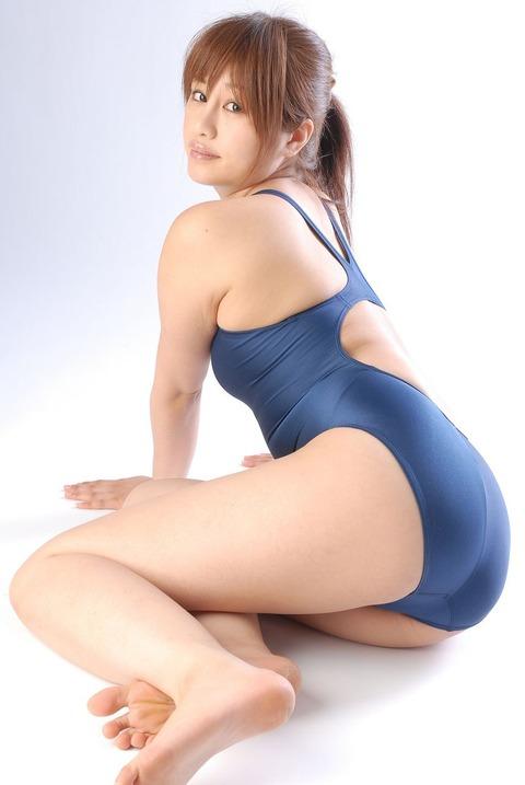 【エロい】競泳用の水着まじエロ過ぎwww異常にそそる競泳用水着姿のエロ画像・13枚目の画像