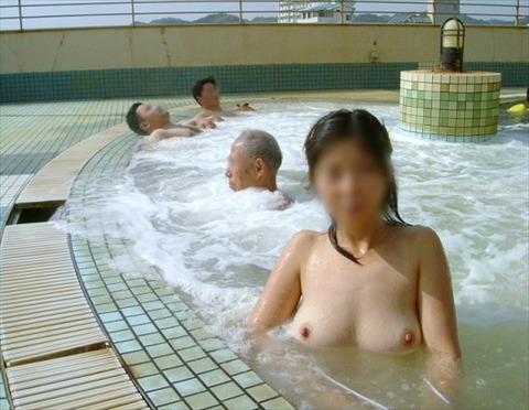 混浴・女風呂・露天風呂ですっぽんぽんになってる女の子のエロ画像★|2014年プレイバック記事・41枚目の画像