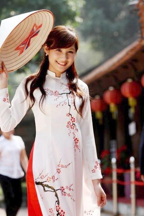 アオザイとかいうベトナムの民族衣装がクッソエロいwwwwww★民族衣装エロ画像・36枚目の画像