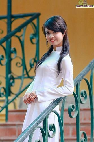 アオザイとかいうベトナムの民族衣装がクッソエロいwwwwww★民族衣装エロ画像・17枚目の画像