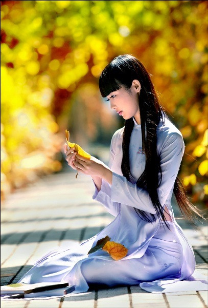 アオザイとかいうベトナムの民族衣装がクッソエロいwwwwww★民族衣装エロ画像・20枚目の画像