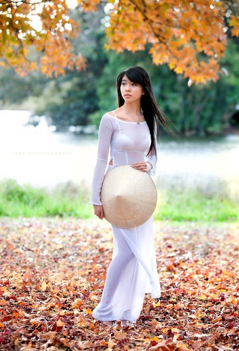 アオザイとかいうベトナムの民族衣装がクッソエロいwwwwww★民族衣装エロ画像・7枚目の画像