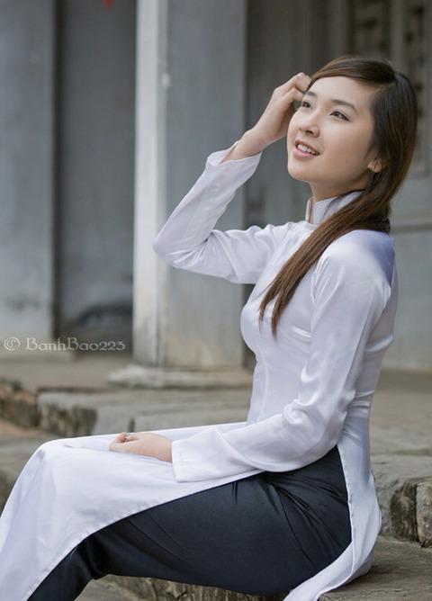 アオザイとかいうベトナムの民族衣装がクッソエロいwwwwww★民族衣装エロ画像・5枚目の画像