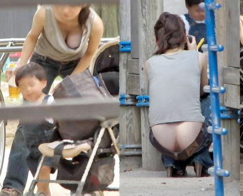 ゆるめの胸元や股間が魅力な子連れママを盗撮wwwwww★素人エロ画像・15枚目の画像