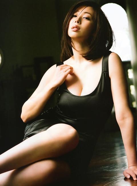 和香パイの妊娠記念にエゲツない色気がある画像wwwwww★井上和香エロ画像・35枚目の画像