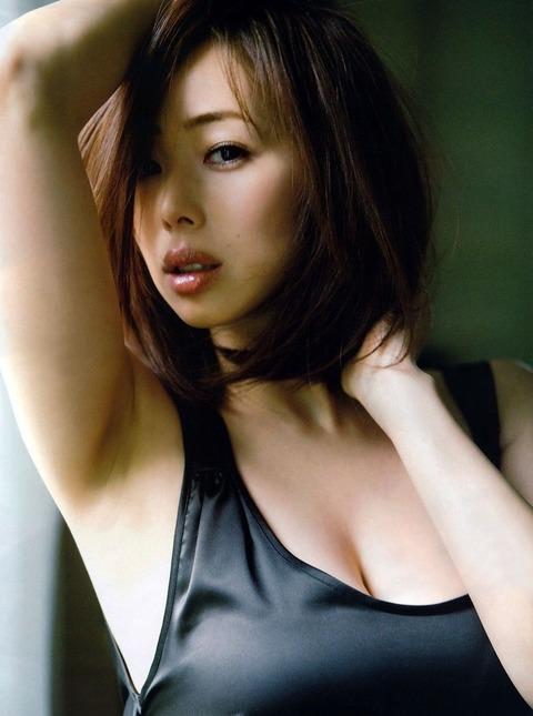 和香パイの妊娠記念にエゲツない色気がある画像wwwwww★井上和香エロ画像・34枚目の画像