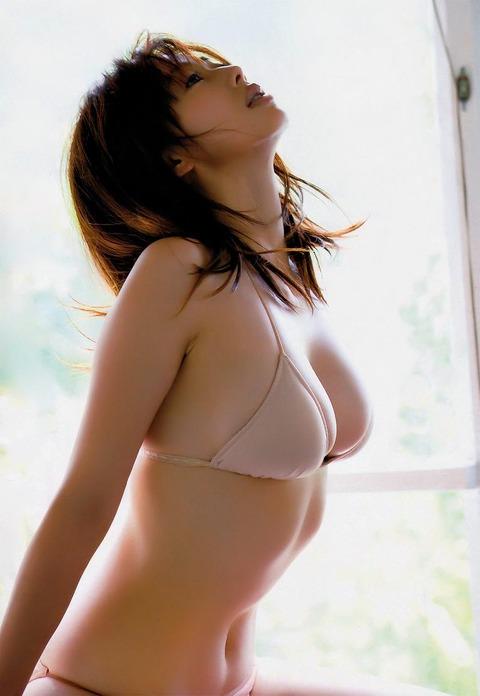 和香パイの妊娠記念にエゲツない色気がある画像wwwwww★井上和香エロ画像・15枚目の画像