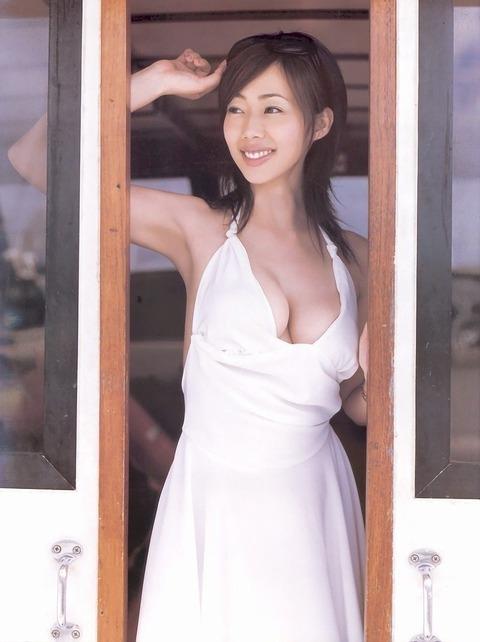 和香パイの妊娠記念にエゲツない色気がある画像wwwwww★井上和香エロ画像・36枚目の画像
