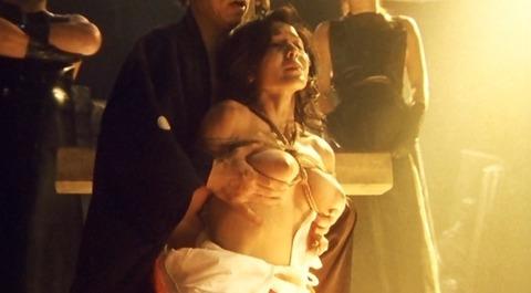 杉本姉さんが映画で魅せたハードなまんぐり返しやSMの画像まとめ★杉本彩エロ画像・22枚目の画像
