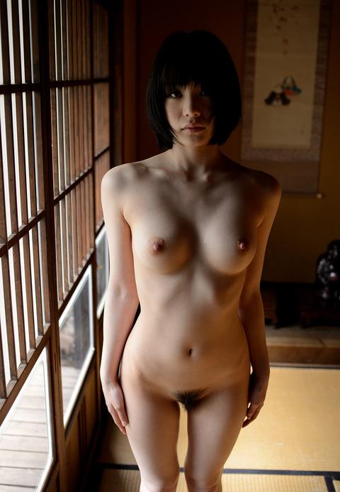 airi-suzumura-2-042