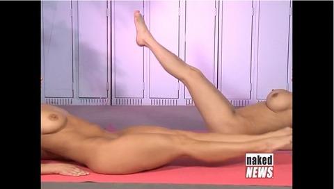 2015年日本でも流行る全裸ヨガの実態がこれwwwwww★全裸ヨガエロ画像・26枚目の画像