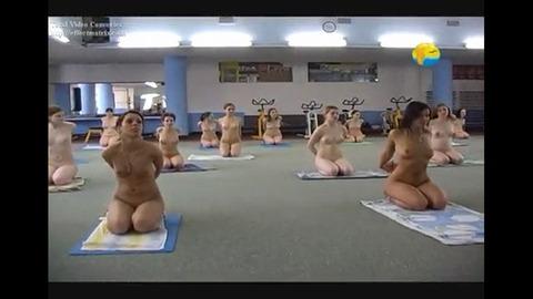 2015年日本でも流行る全裸ヨガの実態がこれwwwwww★全裸ヨガエロ画像・8枚目の画像